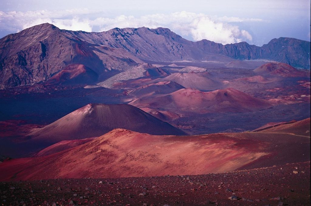 an overview of the tourism in hawaii Overview hotels restaurants things to do tips and articles local experts from snowcapped volcanoes to rainforests to lava-rock deserts, hawaii is much more.