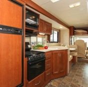 a-luxury-motorhome-interior-2-106089_400x280