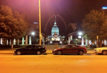 Emma_Davis_St._Louis_Arch_Night