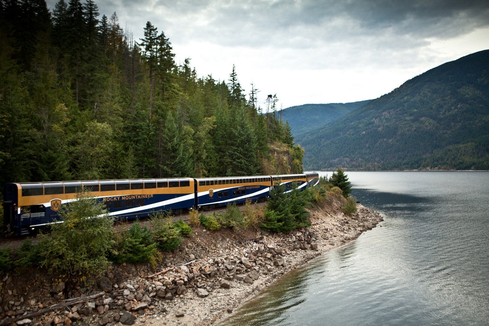 Ultimate Canadian Rockies - Rocky Mountaineer Train