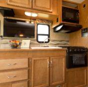 star rv tucana kitchen