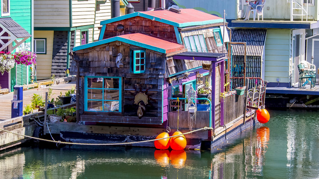 Colourful houseboat in Victoria, BC
