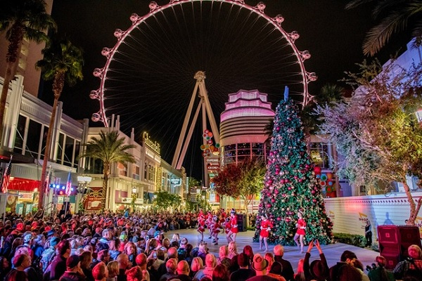 LINQ Promenade at Christmas in Las Vegas