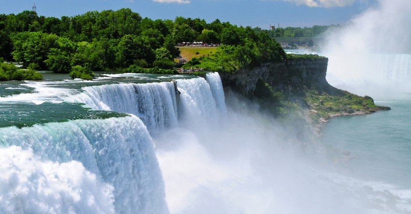 Canadian Contrasts Niagara Falls