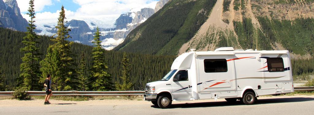 Medium motorhome rental Canada